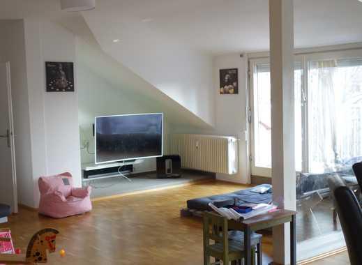 Von privat: Stilvolle, besonders schön gelegene 6-Zimmer-Dachgeschosswohnung mit Balkon in Darmstadt
