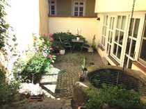 Tolle Altbauwohnung mit Terrasse nur