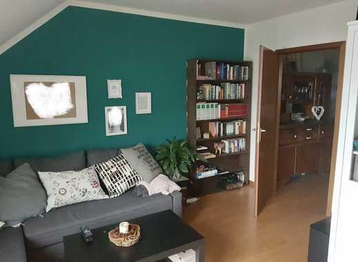Gepflegte 2,5-Zimmer-DG-Wohnung über zwei Etagen mit Balkon in Bochum Wiemelhausen