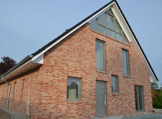 Fertiggestellte Neubau Doppelhaushälfte in Ortslage