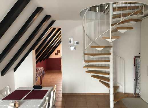 Maisonette-Wohnung mit Balkon und EBK in Bischofsheim