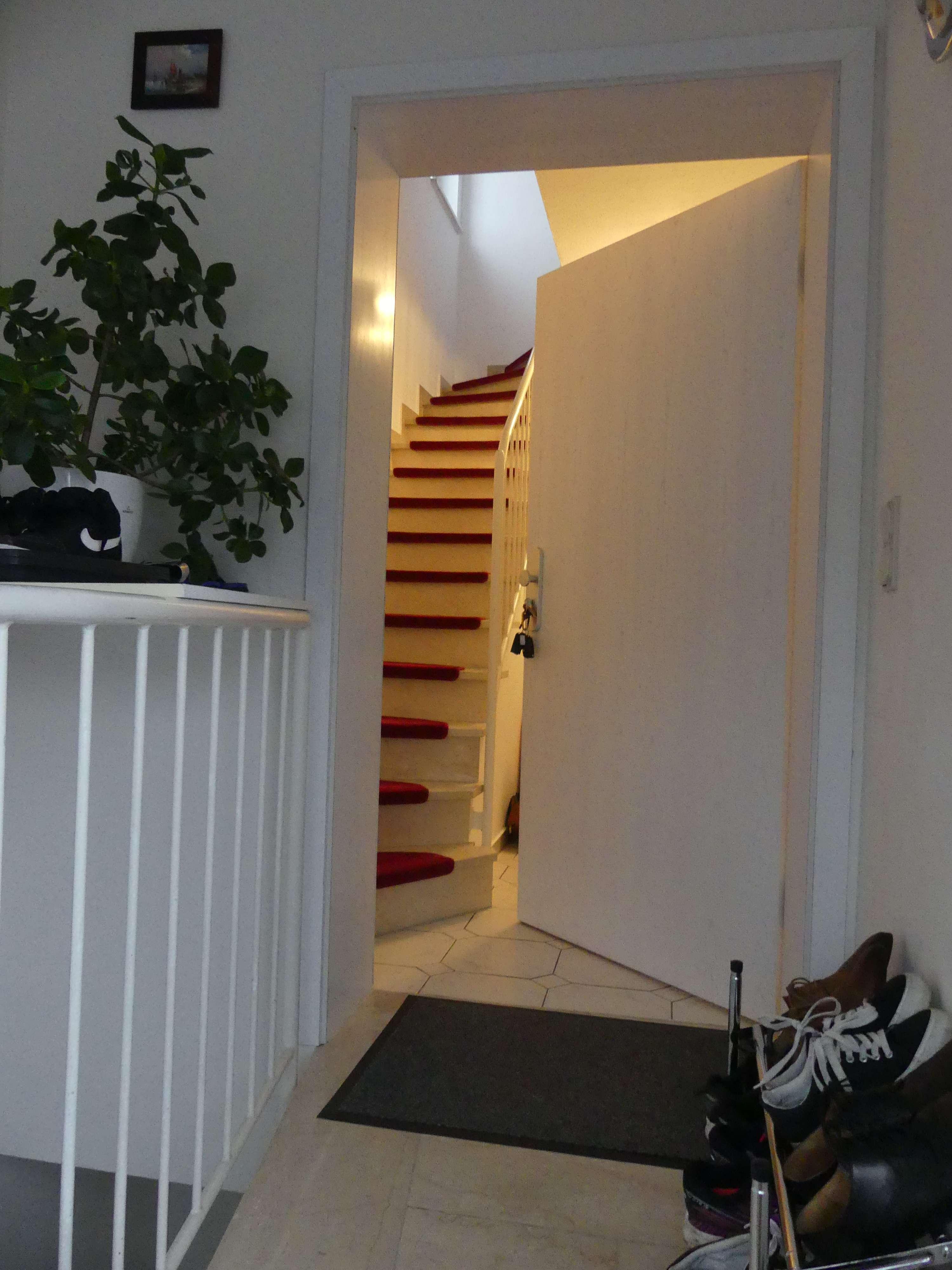 Lichtdurchflutete, ruhige 2-Zimmer-DG-Wohnung in Unterpfaffenhofen in Germering (Fürstenfeldbruck)