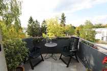 Bild Nähe Filmpark Babelsberg!Helle DG-Wohnung (guter Grundriss/Balkon) in kleiner, gepflegter Wohnanlage
