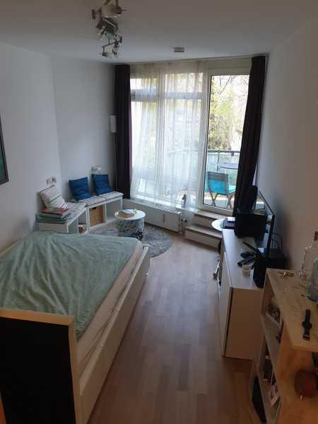 Möblierte 1-Zimmerwohnung mit Balkon und EBK in Maxvorstadt, München in Maxvorstadt (München)