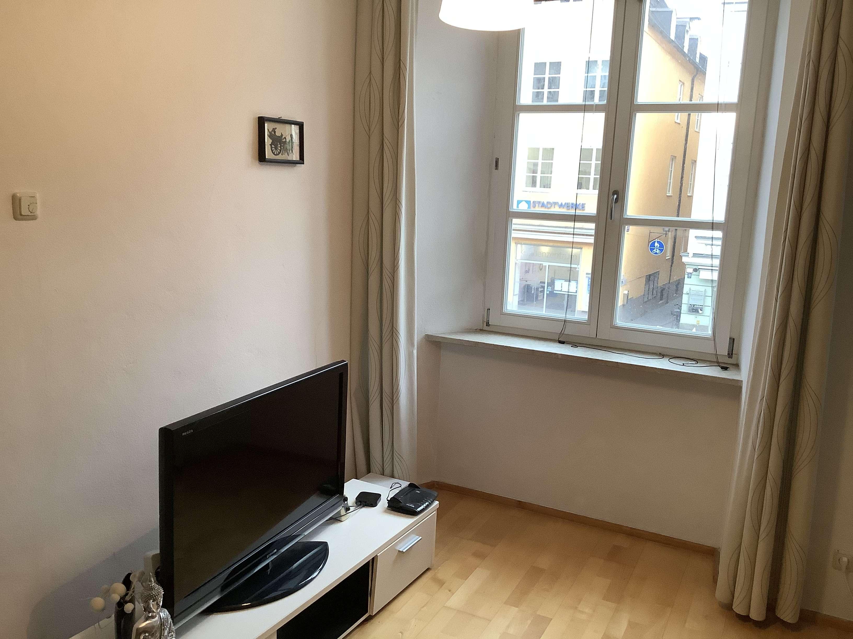 Schöne 2-Zimmer-Wohnung mit Einbauküche in Landshut in Altstadt (Landshut)