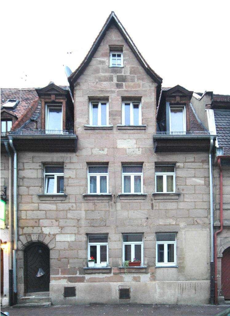 Aufwendig sanierte Wohnung in Fürther Altstadt!