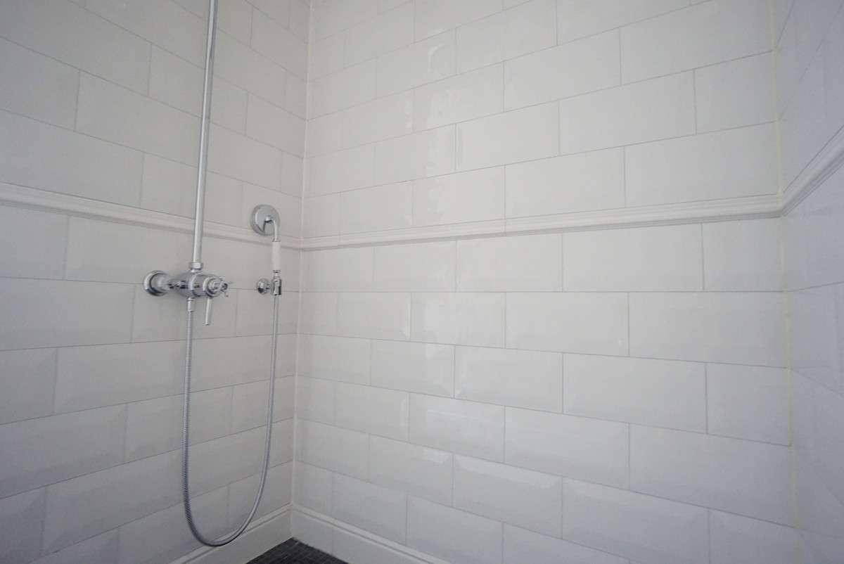 Duschbad vorne