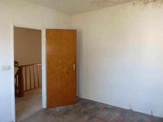 Sanierungsbedürftiges Reihenhaus in ruhiger Lage - Bild 18