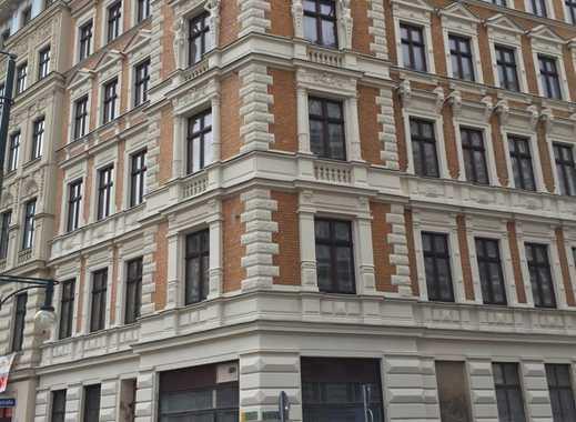 sehr schöne 5 Zimmer Wohnung im Erdgeschoss, ideal für eine Praxis!