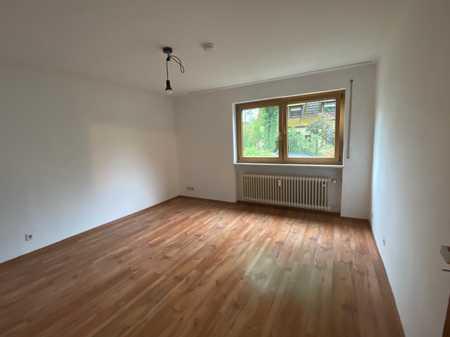 Topsanierte 3 Zimmer Wohnung auf 62 m² in Nürnberg Gartenstadt mit Bad neu uvm.! in Trierer Straße (Nürnberg)