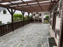 Lampertheim Flachdach-Bungalow mit großzügiger Terrasse