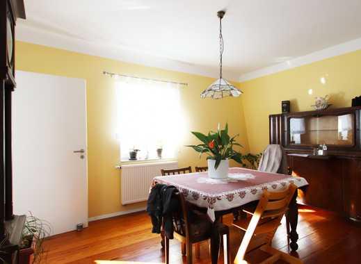 Modernisierter Altbau mit KfW-75-Standard: Hochwertig und geschmackvoll sanierte Maisonettewohnung