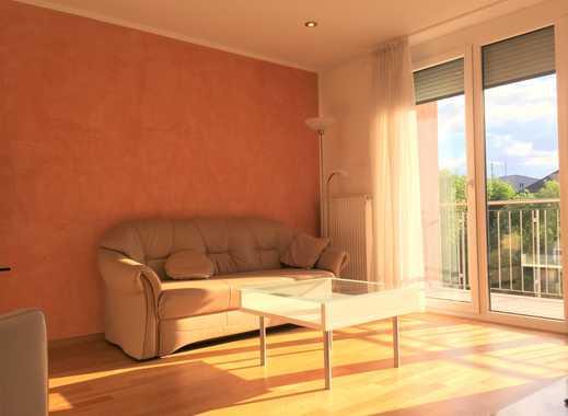 Lichtdurchflutetes, möbliertes 2-Zimmer Apartment mit Balkon