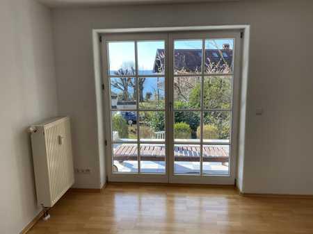 Wunderschöne 3-Zimmer-Terrassenwohnung mit Seeblick und Gartenbenutzung in Münsing