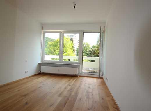 2,5-Zimmer-Maisonette-Wohnung mit Terrasse und Balkon!