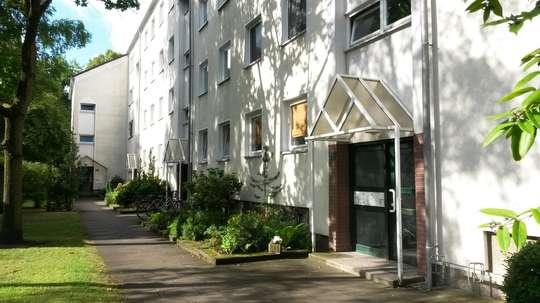 Sanierte 2-Zimmer Wohnung mit Balkon in Groß Buchholz, Tischbeinstr. 22