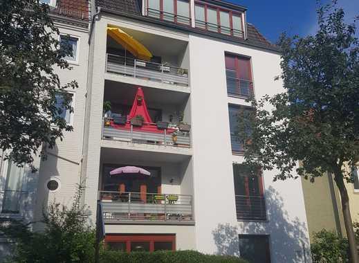 Beste Lage mit Garten, 2 Balkonen und einer großen gemütlichen Wohnküche