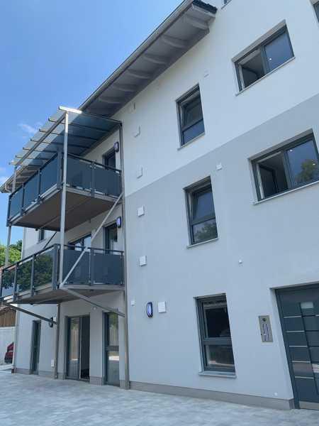 Erstbezug: Attraktives 2-Zi.-Apartment in Ampfing mit großem Balkon in Ampfing