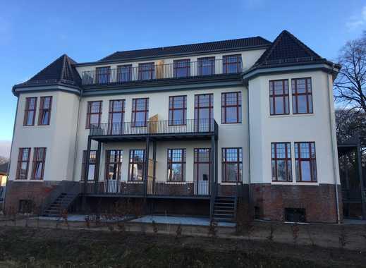 Erstbezug - Exklusive 2-Zimmer EG-Wohnung in Hamburg-Langenhorn in historischem Ambiente