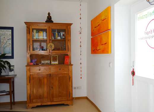 Einfach das Besondere – helle, gemütliche 2-Zimmer-Wohnung in alten Steinen, bzw. saniertem Altbau!