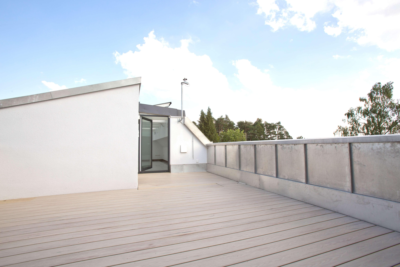 Sonnige Dachterrassen-Wohnung Waldtrudering in Trudering (München)
