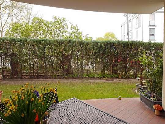 Moderne 3-Zim.-Wohnung mit PKW-Stellplatz und Garten - Bild 6