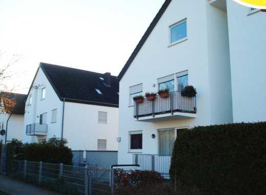 Gemütliche Zwei-Zimmer-Dachgeschosswohnung mit Tiefgaragenplatz ...