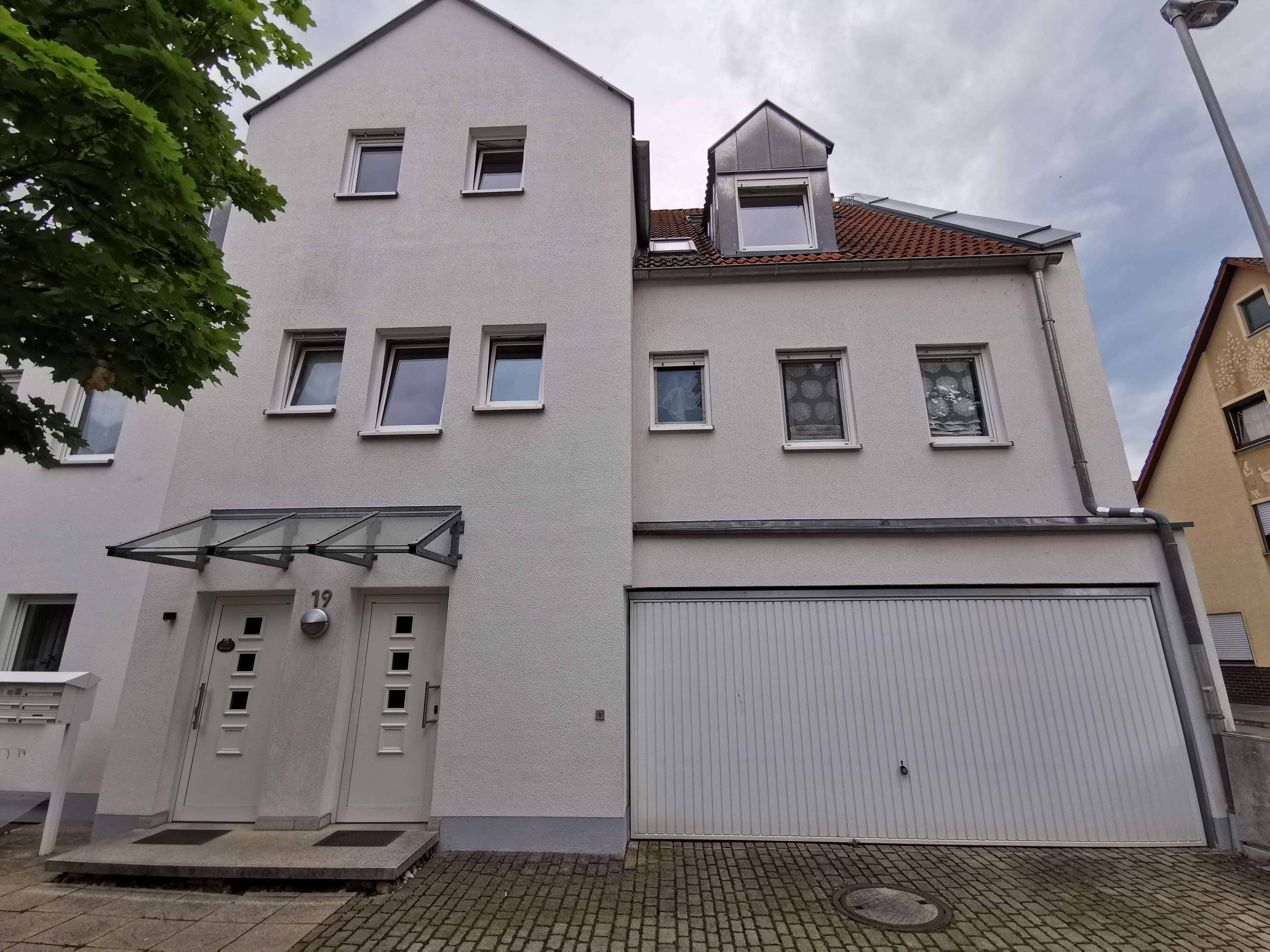 Erstbezug nach Sanierung: schöne 3-Zimmer-Wohnung mit Balkon in Erlangen in