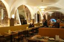 Komplett eingerichtetes Restaurant in der