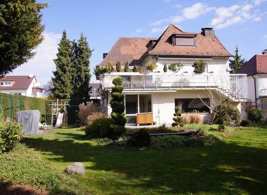 Einfamilienhaus mit Villencharakter auf traumhaft schönem Gartengrundstück