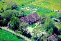 Modernisiertes Landhaus mit großem Grundstück