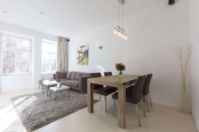 Haidhausen - Möblierte 2-Zi Wohnung in kernsaniertem Altbau