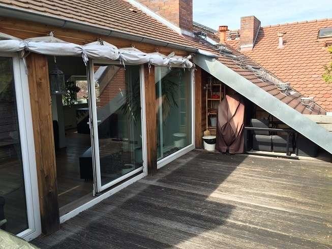 Exklusive Dachterrassenwohnung mit EBK, Sauna und Carport in gefragter Nordstadtlage in Uhlandstraße (Nürnberg)
