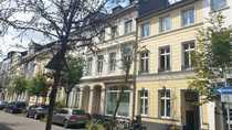 Helle und zentrale KDB-Wohnung in