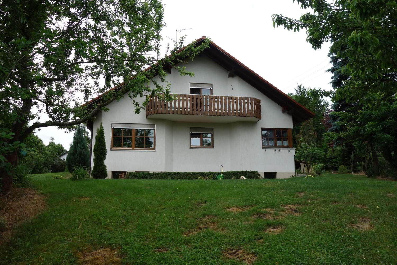 Schöne vier Zimmer Wohnung in Dillingen an der Donau (Kreis), Holzheim in Holzheim (Dillingen an der Donau)