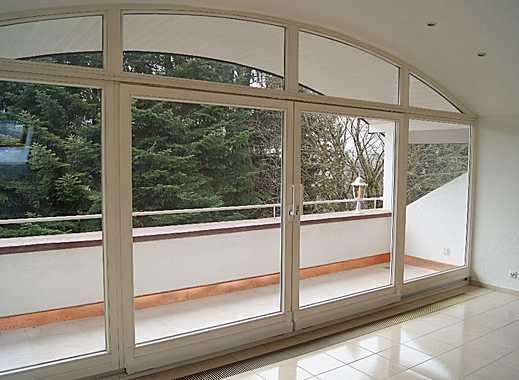 KANDERN - schöne , helle 2 , 5  Zimmer Dachgeschosswohnung