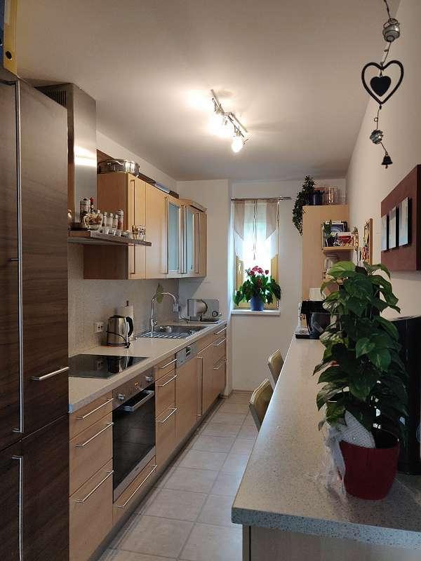 Modernisierte 2-Zimmer-Wohnung mit Balkon und Einbauküche in Memmingen in Memmingen-Innenstadt