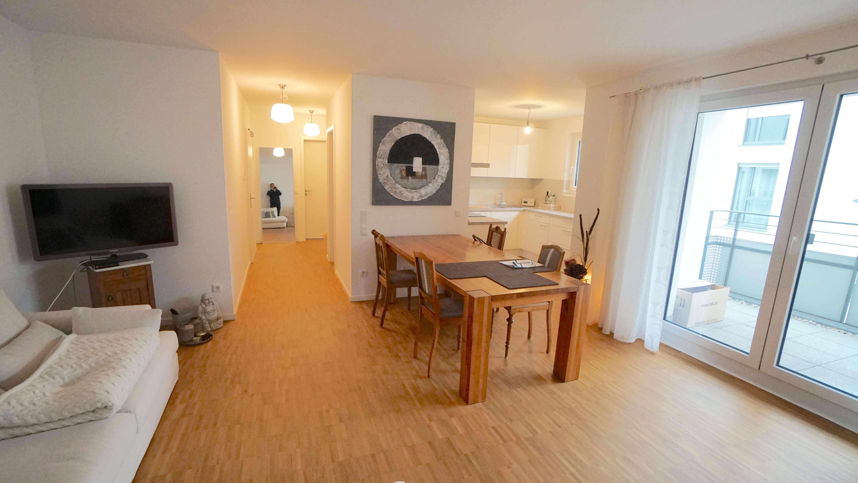 Exclusive Wohnung mit Parkett und Balkon in Stadtmitte (Aschaffenburg)