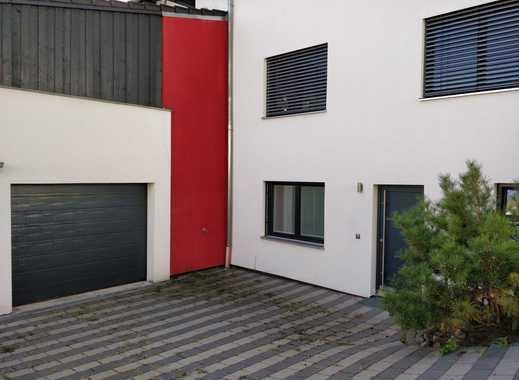 Sonnige, moderne Wohnung am Waldrand von Metten