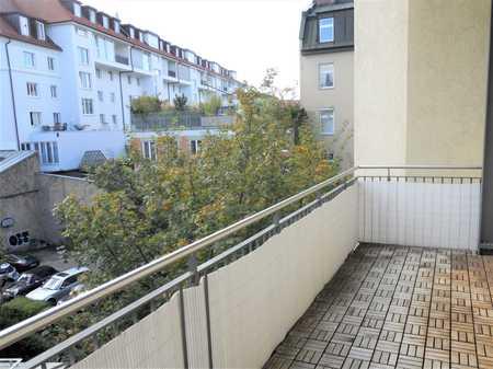 Neu renovierte fünf Zimmer Wohnung in München, Haidhausen in Haidhausen (München)