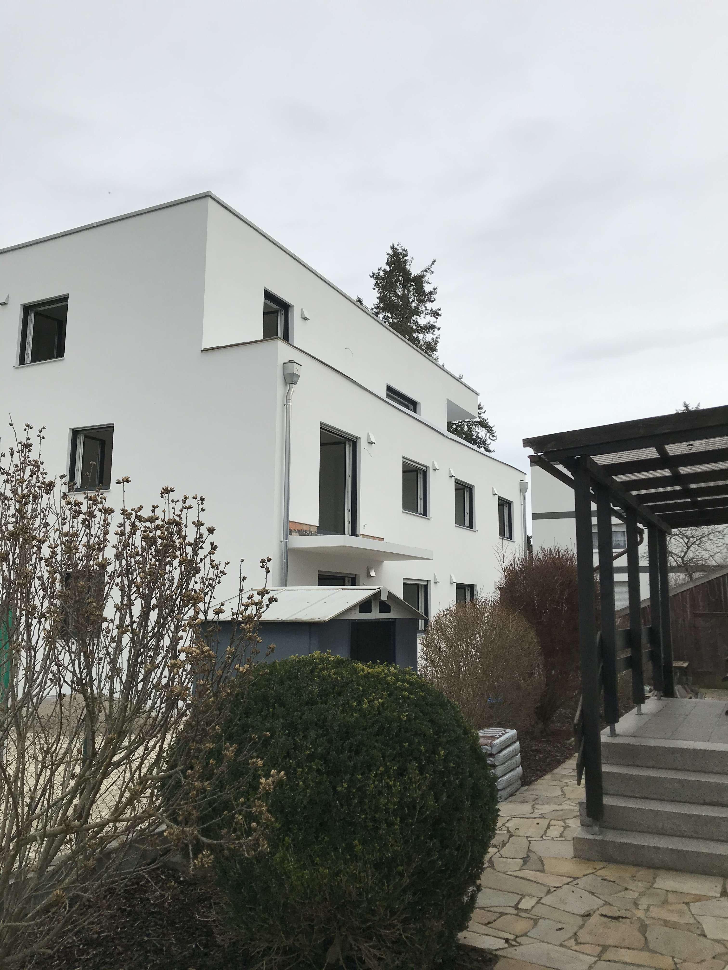 Erstbezug: helle und moderne 3-Zimmer-Wohnung mit Balkon in Südost (Ingolstadt)