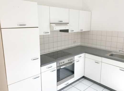 Mittendrin mit Einbauküche! Apartment mit Altbaucharme!