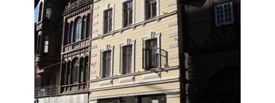 Charmantes DG-Penthouse mit großer Dachterrasse und Kaminofen
