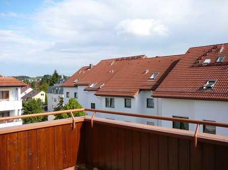 Gepflegte, möblierte DG-Wohnung mit Dachterrasse in Senden (Neu-Ulm)