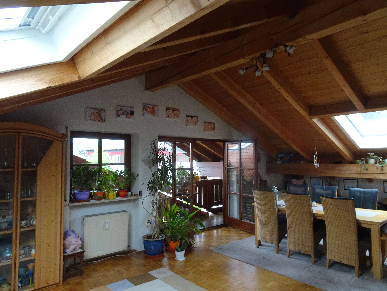 Großzügige Dachgeschoßwohnung mit 2 Balkone