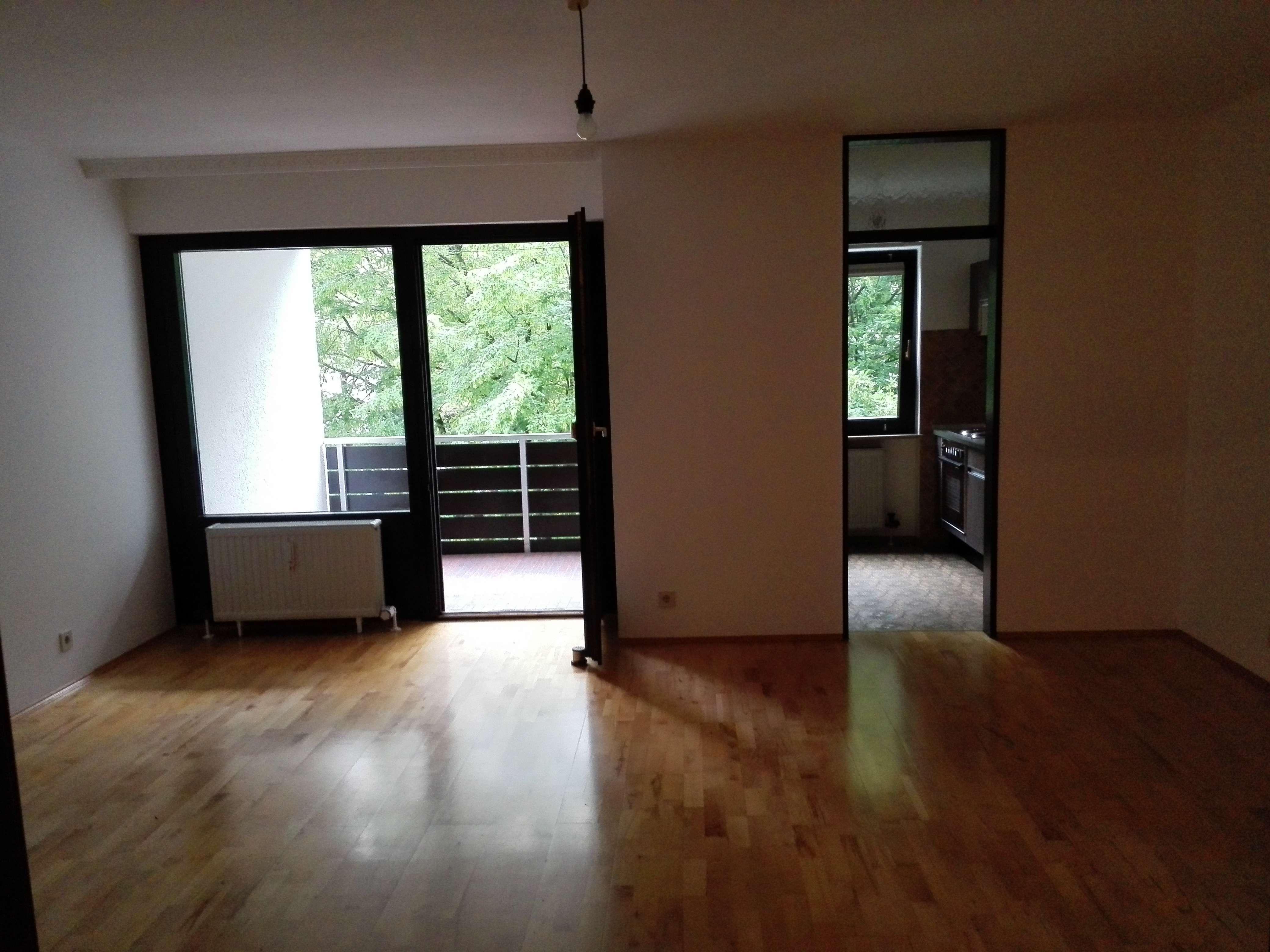 Schöne, geräumige ein Zimmer Wohnung in München, Bogenhausen in Bogenhausen (München)