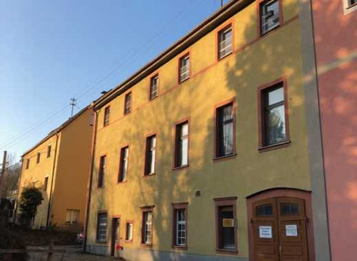 Vier Wohnungen-Mehrfamilienhaus in Zell am Main