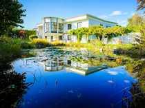 Herrschaftliche Villa mit idyllischer Gartenanlage