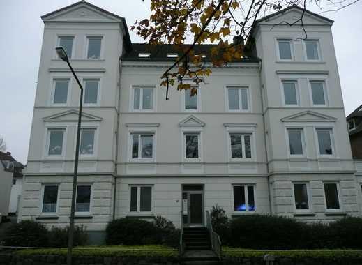Gepflegte 3,5-Zimmer-Wohnung mit Balkon und EBK in Flensburg