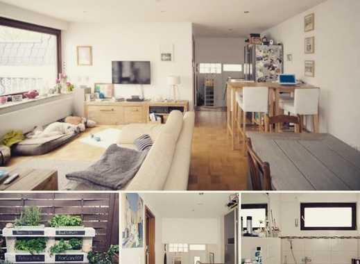Haus statt Wohnung? Schöner 4 Zimmer Bungalow in ruhiger Lage in Köln Weiden